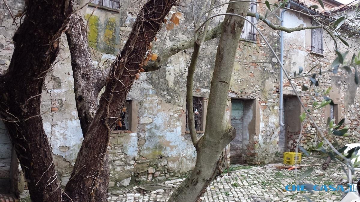 Casa Indipendente vendita MONTEFIORE CONCA (RN) - 4 LOCALI - 200 MQ
