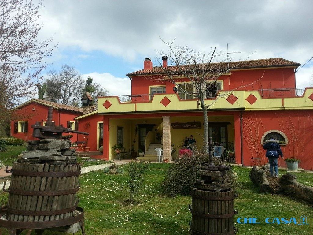 Villa singola in Vendita Tavoleto