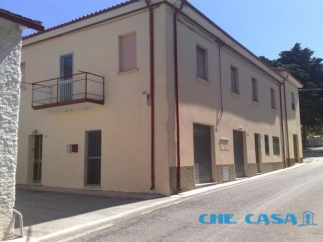 Cascina/casale vendita GEMMANO (RN) - 5 LOCALI - 200 MQ